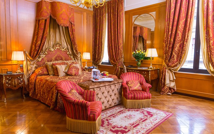 chambre de luxe hotel italien