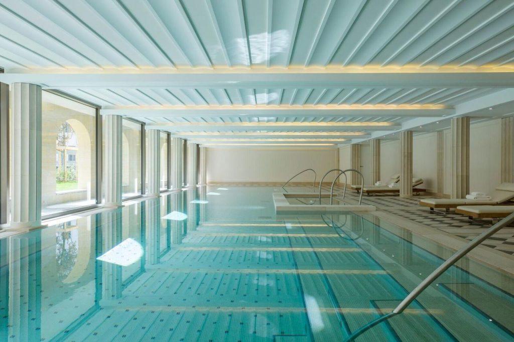 Les thermes de la villa maÏa spa de luxe lyon piscine