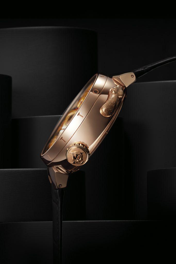 Louis Vuitton Tambour Carpe Diem Crâne Serpent Epaisseur de profil- Minute Luxe Magazine
