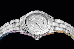 blanche Chanel Electro Star J12 - Minute Luxe Magazine