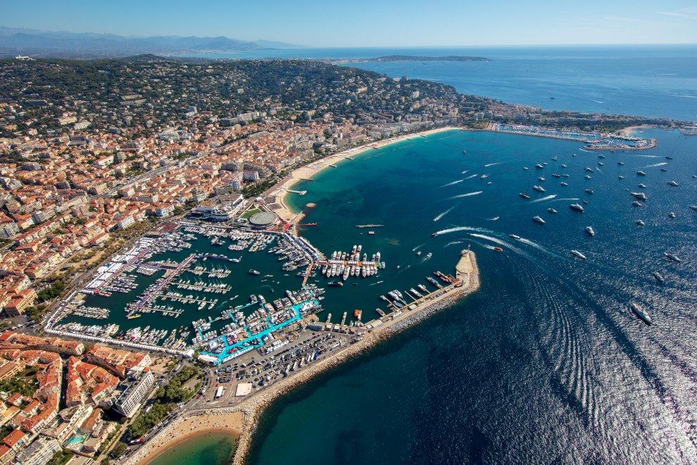 Yachting festival cannes vue baie aérienne