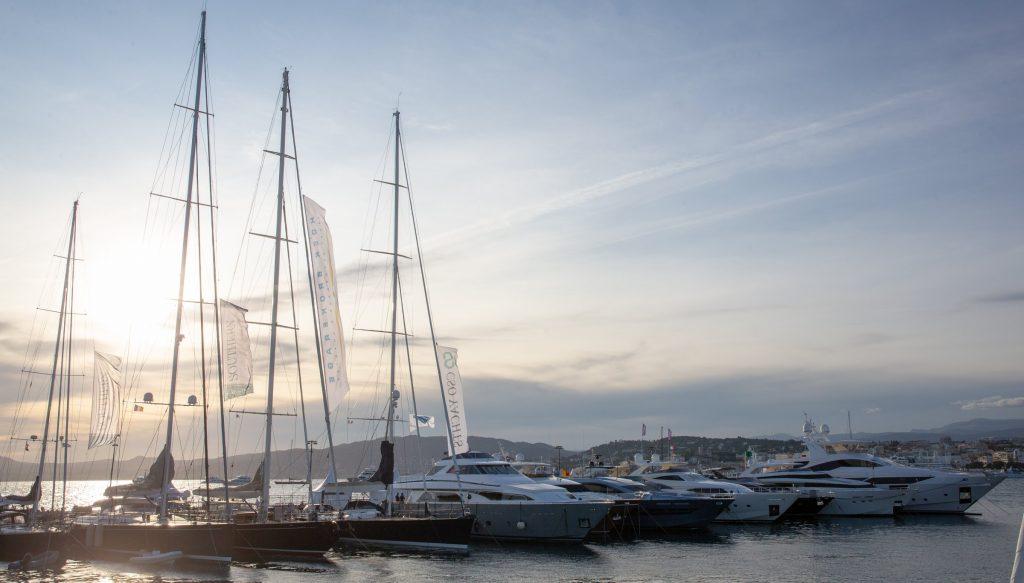 Yachting festival cannes coucher de soleil
