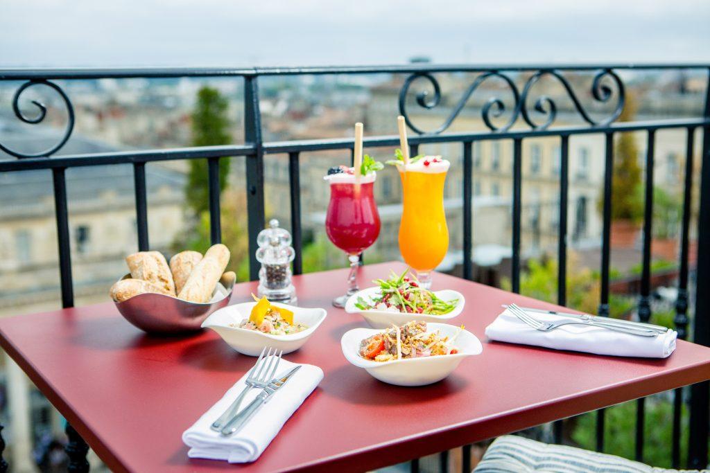 Rooftop Intercontinental de Bordeaux luxe hôtel cocktails