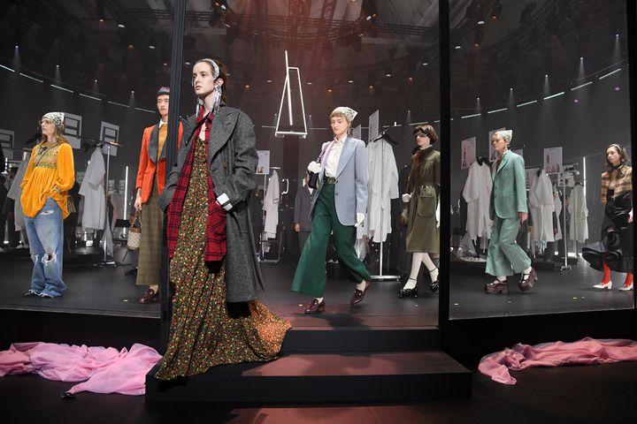 Louis Vuitton défilé histoire Fashion Week minute luxe magazinex