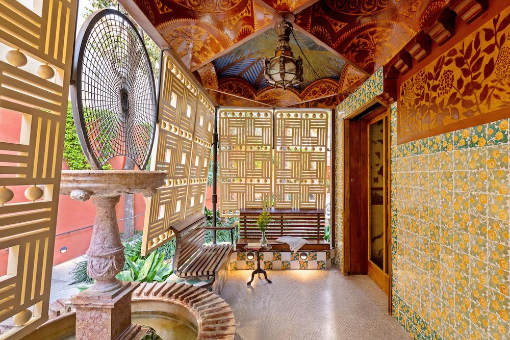 casa Vincent airbnb gaudi